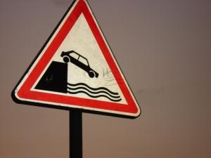 car-falling